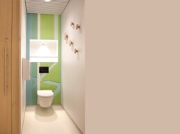 Schiphol Aiport Touchfree Toilet WC (2)